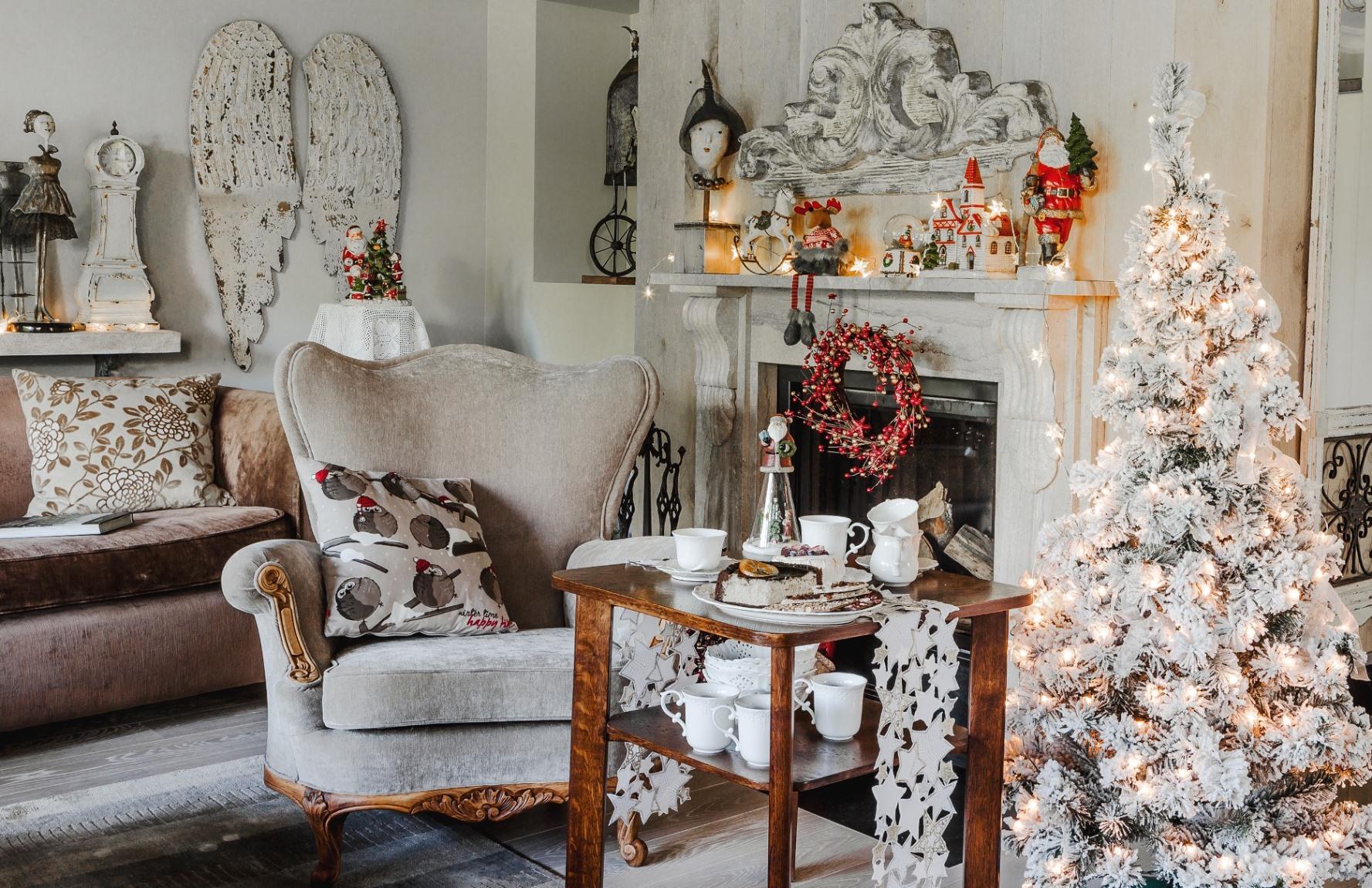 Stroimy dom na Święta! Jak we wnętrzu stworzyć magiczny nastrój?