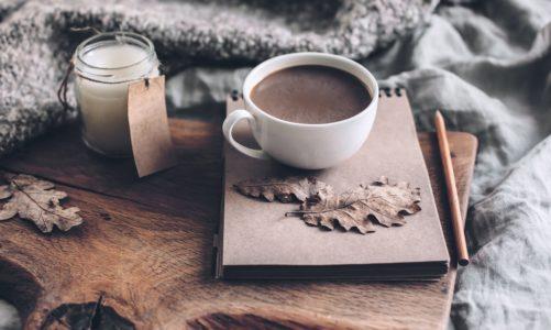 Jesień bez wychodzenia z domu – jak zadbać o swój komfort